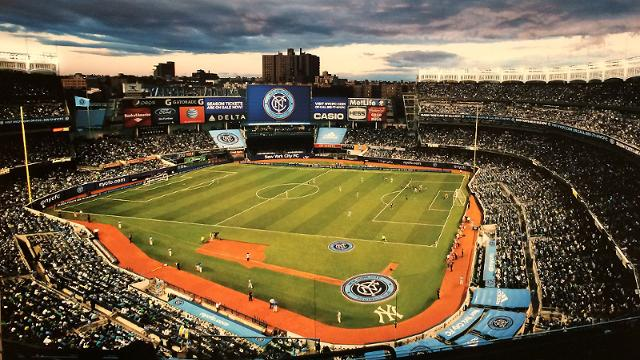 Artist's rendition of Yankee Stadium in 2015, set up for soccer